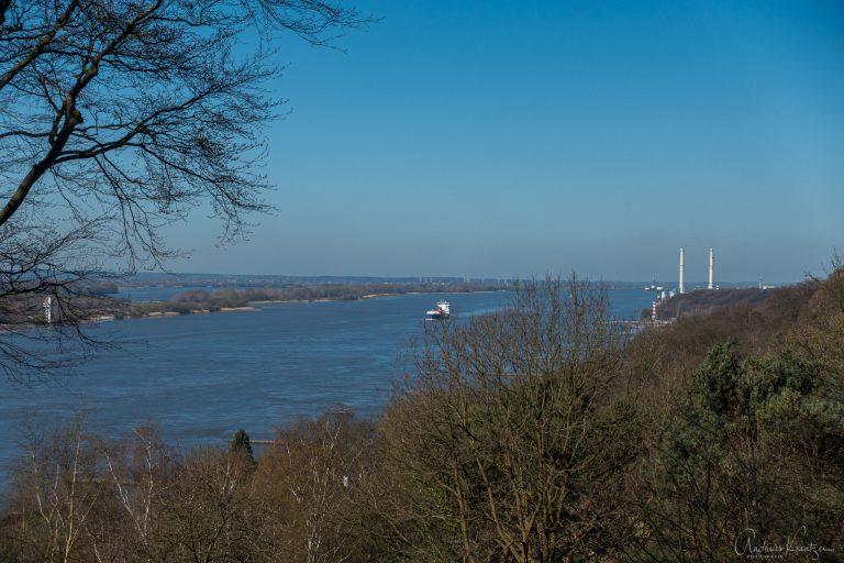 Blick vom Bismarckstein auf die Elbe