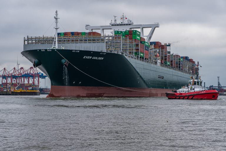 Containerschiff Ever Golden