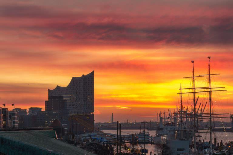Hafen im Morgenlicht