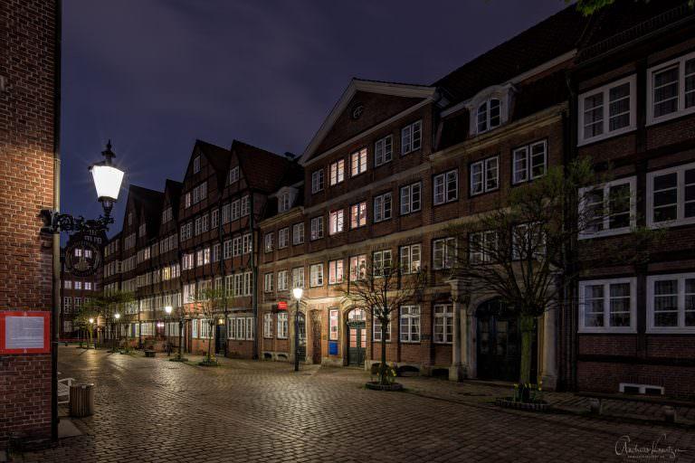 In der Peterstr. wurden zwischen 1966-1982 großbürgerliche Wohnhäuser aus dem 17. und 18 Jahrhundert detailgetreu rekonstruiert.