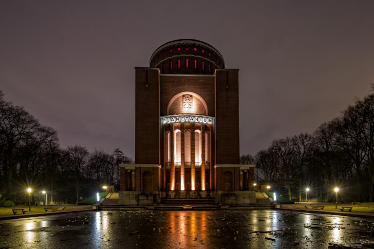 Hamburger Planetarium im Winter