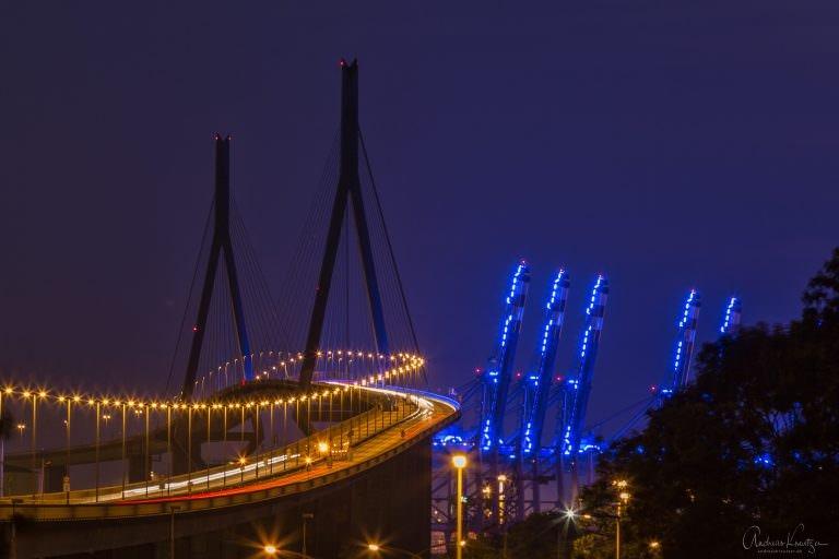 Köhlbrandbrücke - Blue Port