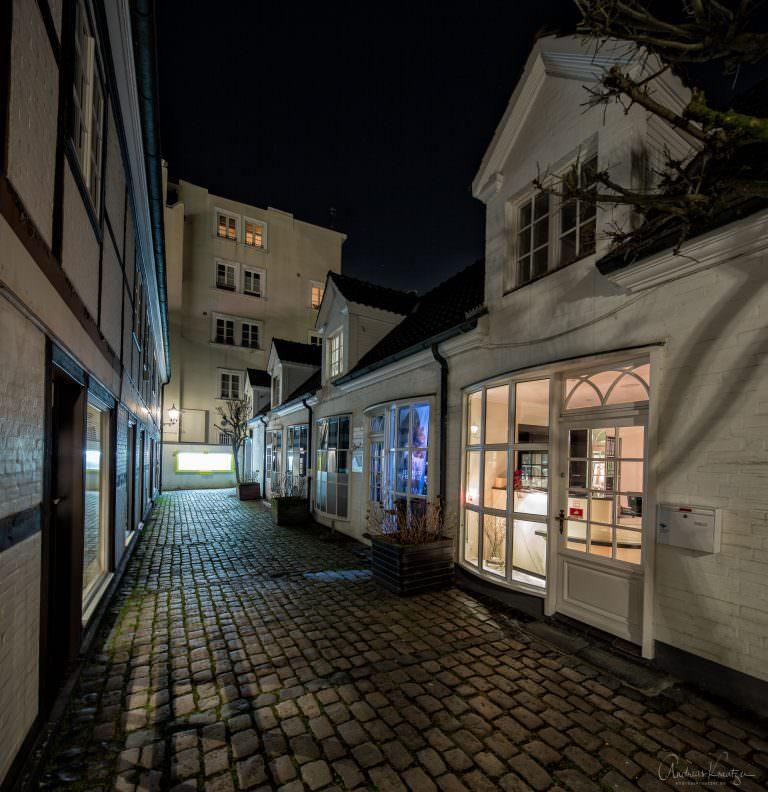 Ladenzeile in Poeseldorf
