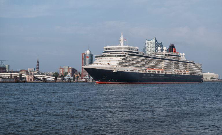 Queen Elisabeth in Hamburg