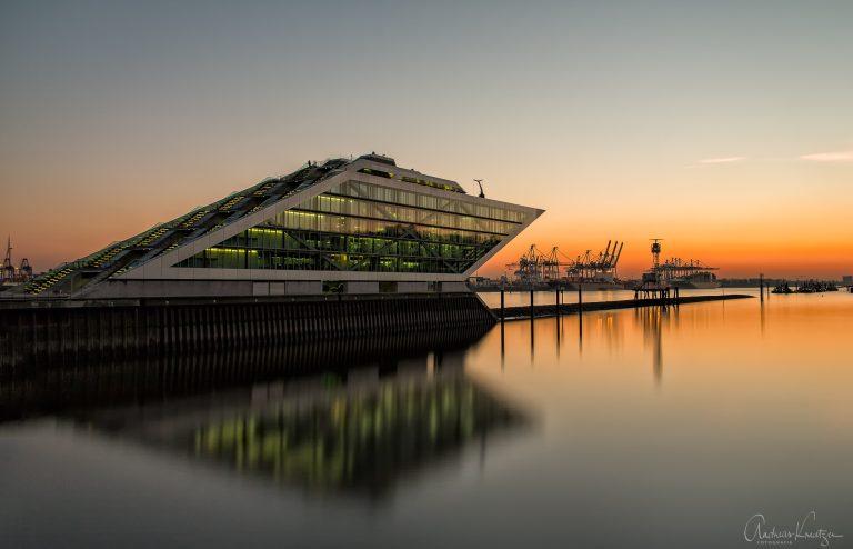 Sonnenuntergang beim Dockland