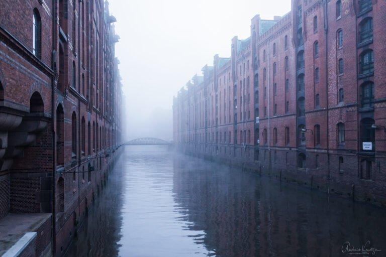 Speicherstadt im Nebel