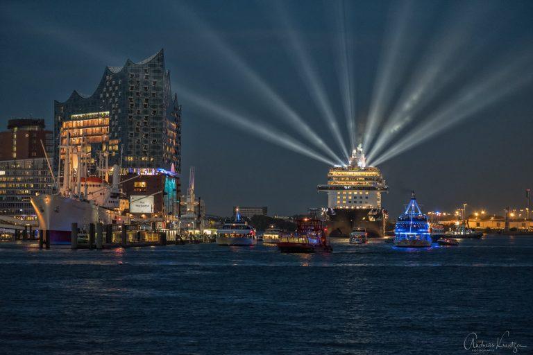 Taufe der Mein Schiff 6 in Hamburg