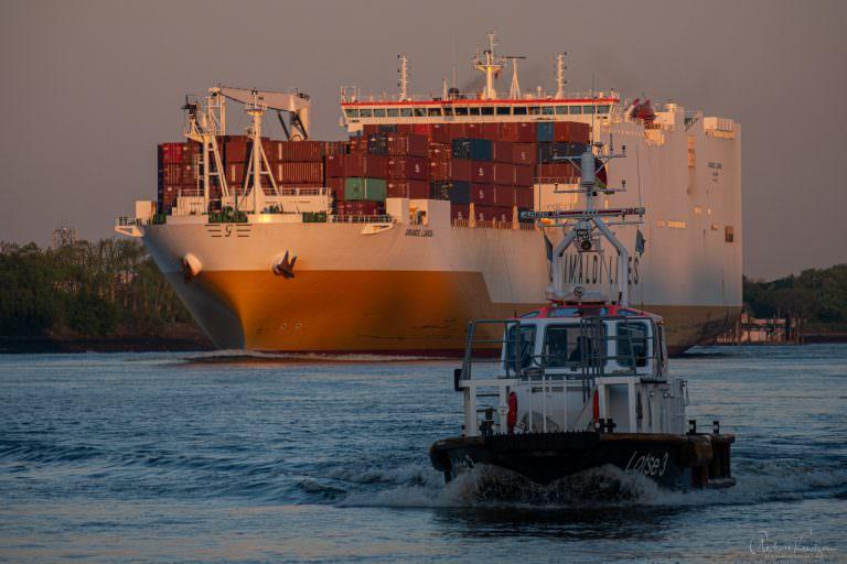 Containerschiff Grande Luanca