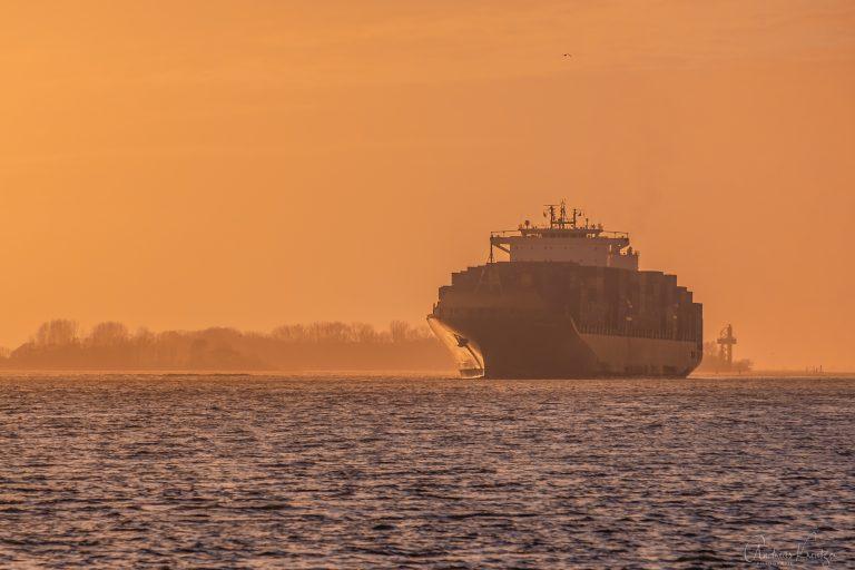 Containerschiff Bernadette