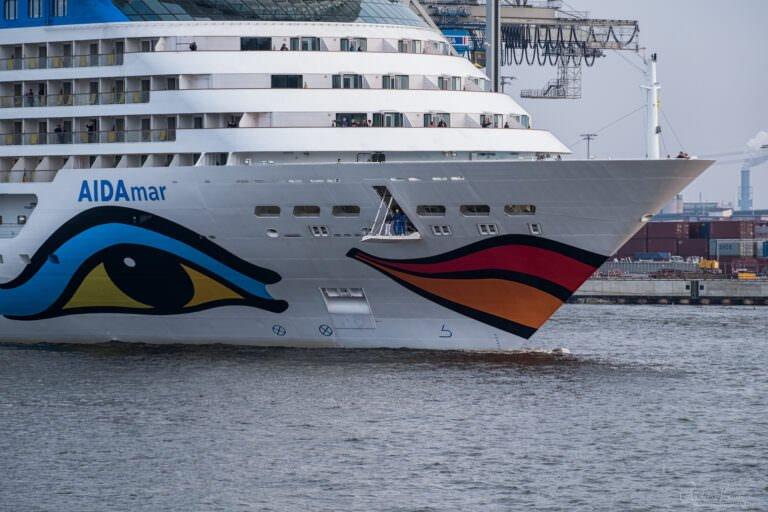 AIDAmar in Hamburg
